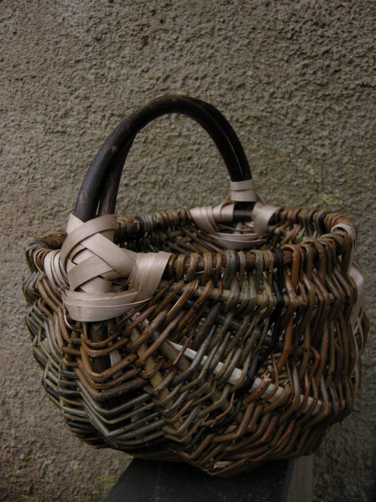Frame basket, willow and ash